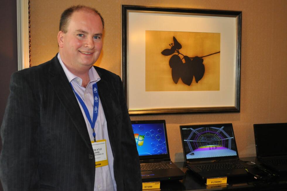 Tron Atle Løvig fra Multicom, selskapet som for tiden er alene om å ha eget bærbart PC-merke i Norge. Foto: Bjørn Eirik Loftås