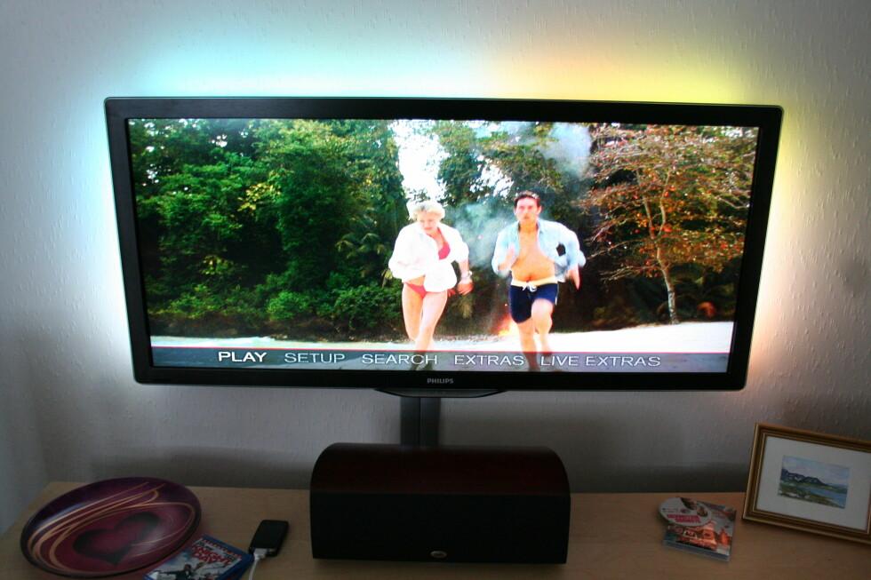Knight and Day på Blu-ray kommer i Cinemascope og passer perfekt på denne TV-en. Foto: Øyvind Paulsen