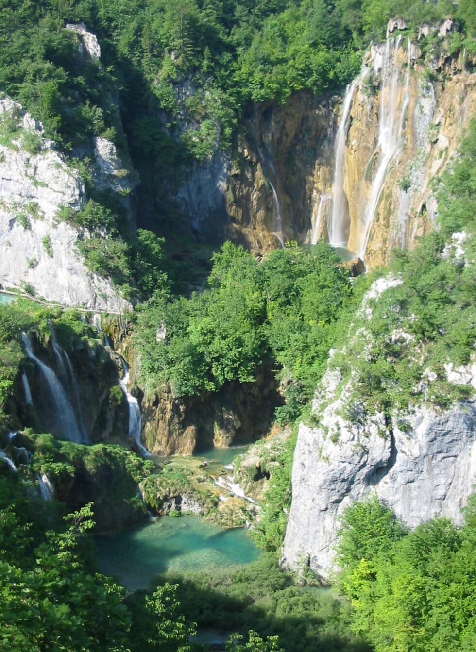 Magisk stemning ved Piltvicesjøene i Kroatia. Foto: Wikimedia Commons