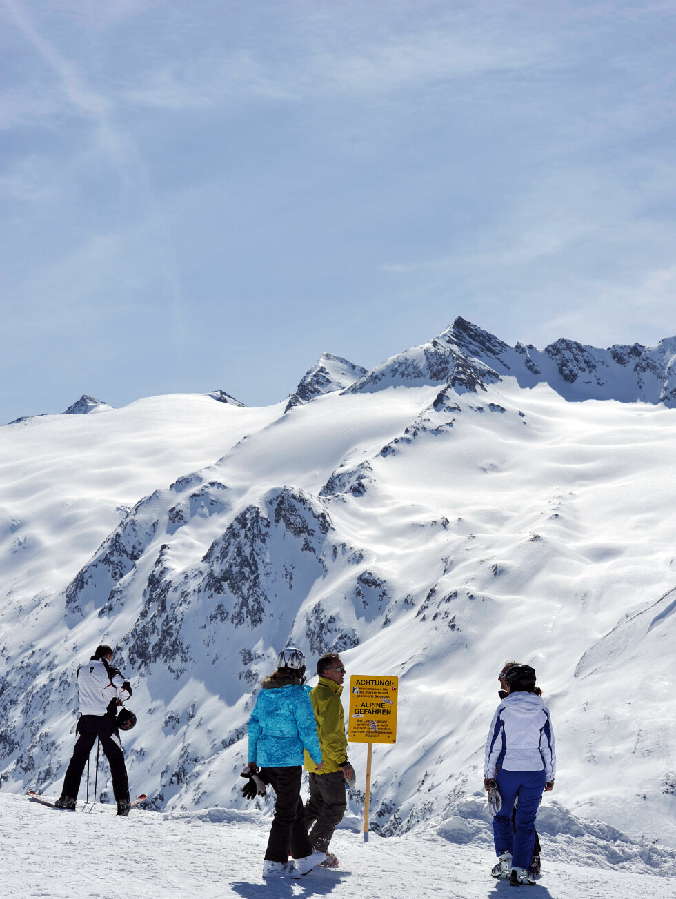 Fjellene i denne delen av Østerrike er imponerende. Vi vil likevel klassifisere skianleggene rundt Sölden som et sted for de som har litt erfaring på ski. Barnebakkene er ikke så lett tilgjengelige.   Foto: Hans Kristian Krogh-Hanssen