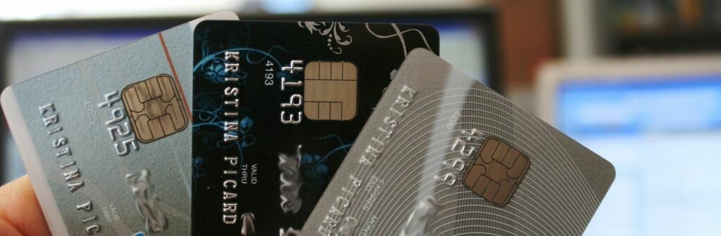 <b>ANGRER:</b> Én av fire angrer etter å ha brukt kredittkortet. Samtidig er det 217.000 nordmenn som ikke har gjort opp regningene sine, og blir dermed betraktet som dårlige betalere. Foto: Kristina Picard
