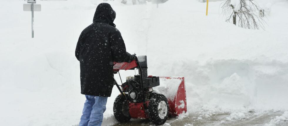 Ønsker du motordrevet hjelp til å bli kvitt snøen i vinter, bør du nok ikke vente alt for lenge. Du er nemlig ikke den eneste.  Foto: Finn.no