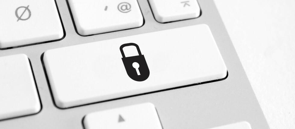 Med VPN kan du surfe trygt, selv om du måtte befinne deg i et ukryptert nettverk. Foto: Colourbox.com