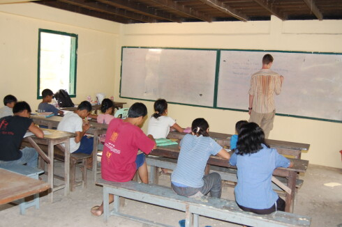 Å lære engelsk kan hjelpe fattige folk til å få en bedre fremtid. Foto: x-plore