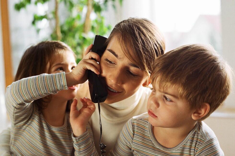 HUSKER DU DENNE? Det er nok en grunn til at dette er et gammelt illustrasjonsfoto. Hustelefonen går en mørk tid i vente.  Foto: colourbox.com