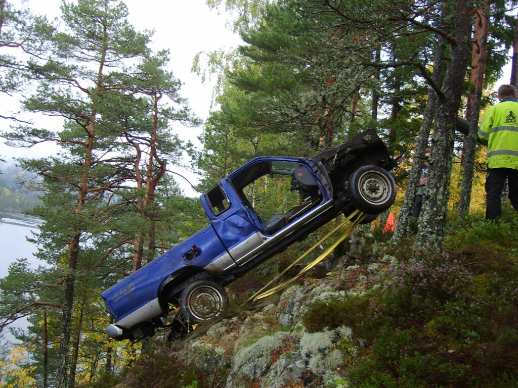 Denne bilen ble forsøkt dumpet og meldt stjålet. Heldigvis fant politiet motoren i en annen bil og dermed raknet bileiers forklaring. Foto: Storebrand/Tor Damkås