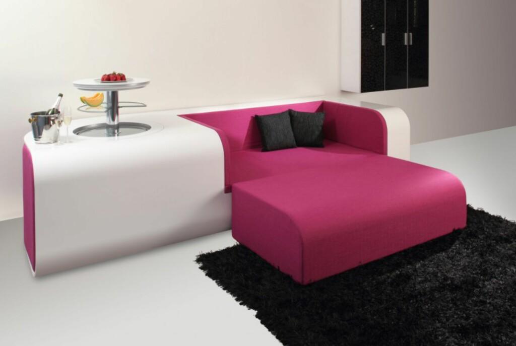 Fjerner du den rosa sofaputen, blir SmarSofa til en sofa.  Foto: Pressebilder