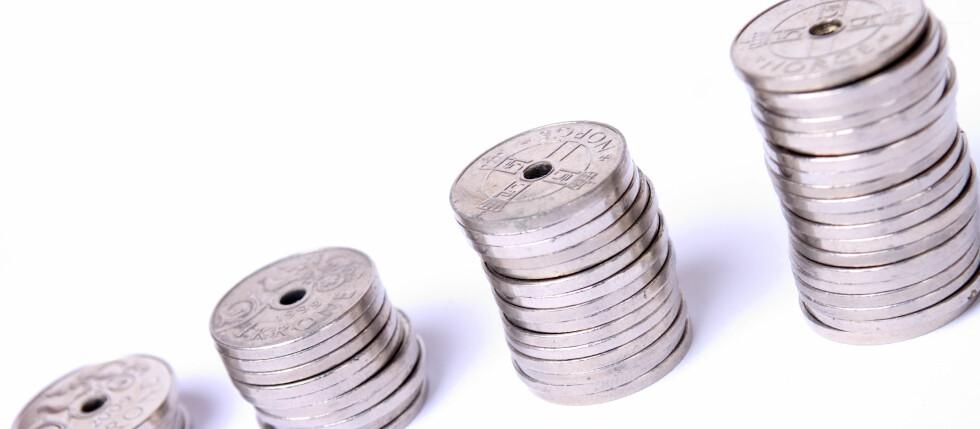 Har du dyre smålån, kan de vokse ubehagelig raskt dersom du ikke klarer avdragene. Foto: Colourbox.com