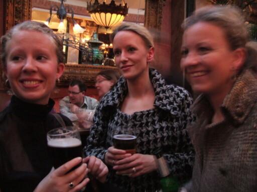 En øl på en pub er obligatorisk om du er i Dublin. Foto: Stine Okkelmo
