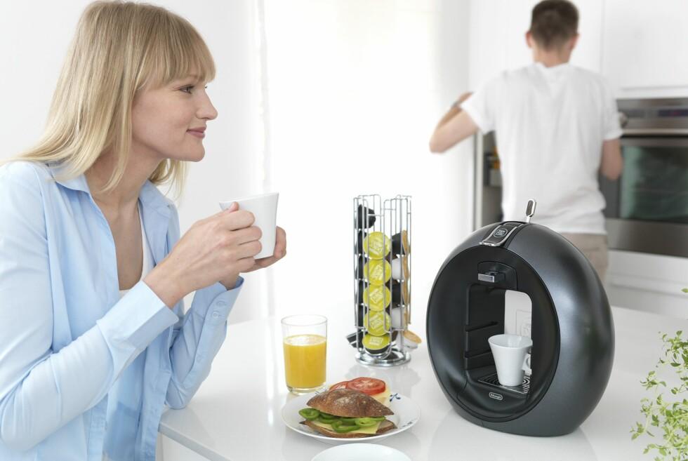 I høst lanseres to nye kaffemaskiner på det norske markedet. Denne er fra Nestlé/DeLonghi og koster 1.799 kroner. Foto: Produsenten