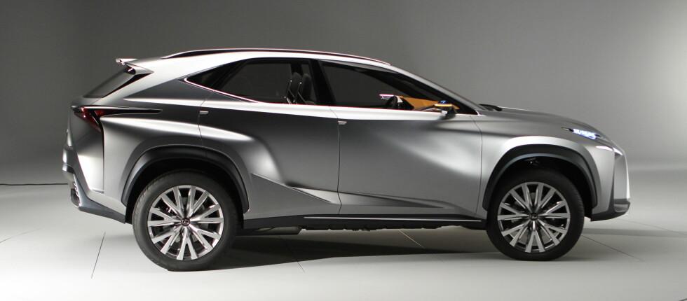 LEXUS LF-NX: Foreløpig bare en konseptbil, men den er ikke laget for moro skyld. Stikkord: 2014 Foto: Fred Magne Skillebæk