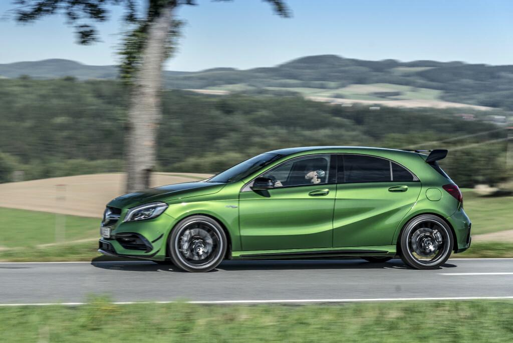 <b>KLAR FOR BANEKJØRING:</b> Denne skiller seg godt ut fra en 'vanlig' A-Klasse. Mercedes har utviklet bilen for banekjøring. Foto: JAMIESON POTHECARY