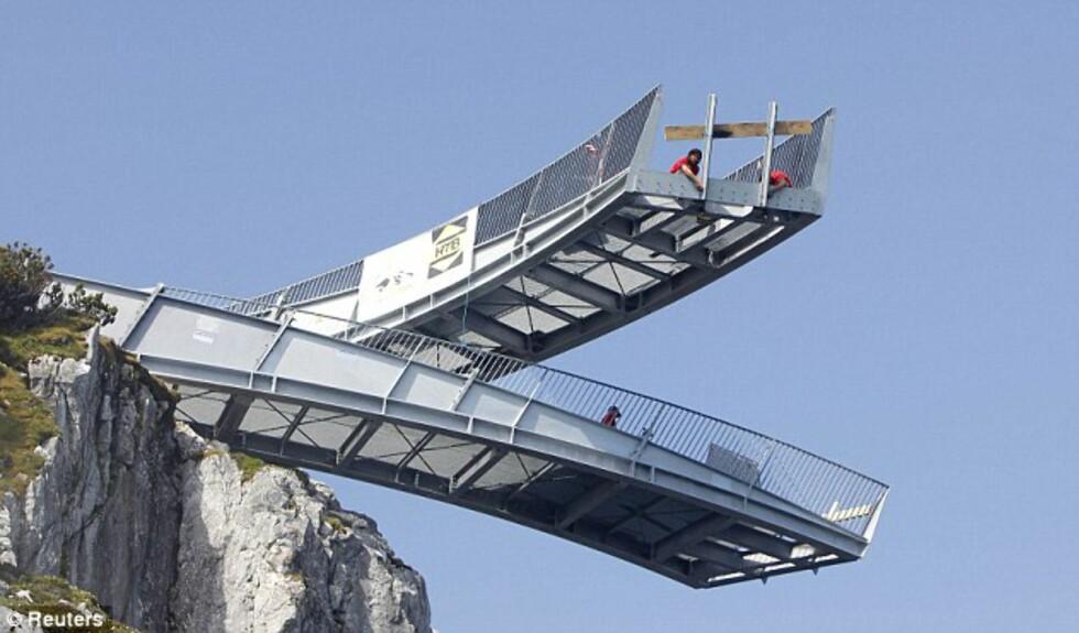 IKKE FOR DE MED HØYDESKREKK: AlpspiX åpnet i Sveits forrige måned, og er et av Europas mer spektakulære reisemål hva utsikt angår.