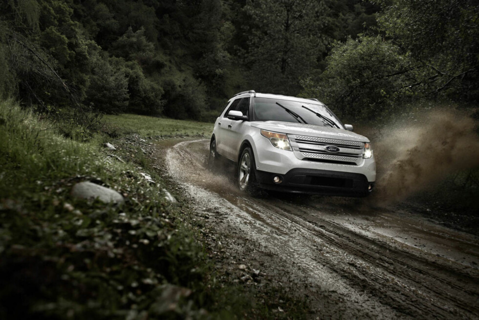 2011 Ford Explorer: Switch the terrain management knob to the mud setting, and the system will optimize powertrain behavior for maximum traction and driver control.