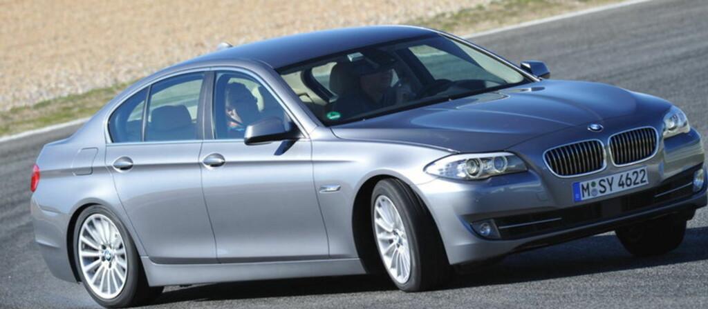 BMW 5-serie er blant bilene som har imponert mest i år - men så koster den fort også ganske mye