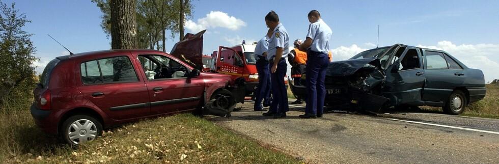 16 til 30 prosent av alle bilulykker skyldes at bilisten har sovnet bak rattet.  Foto: Colourbox