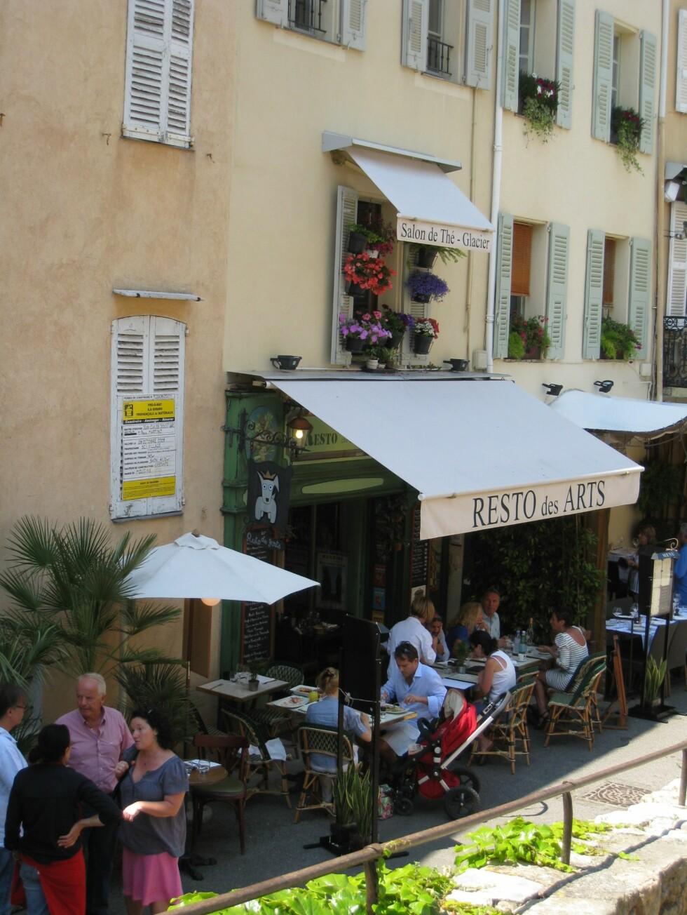 Mougins er full av sjarmerende og bra restauranter. Foto: Stine Okkelmo