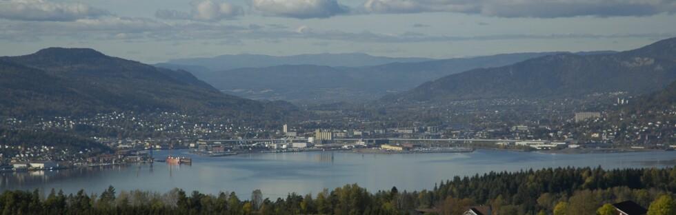 DRAMMEN: Buskerudfolk kaster mest søppel i Norge. Foto: Kjetil Lenes