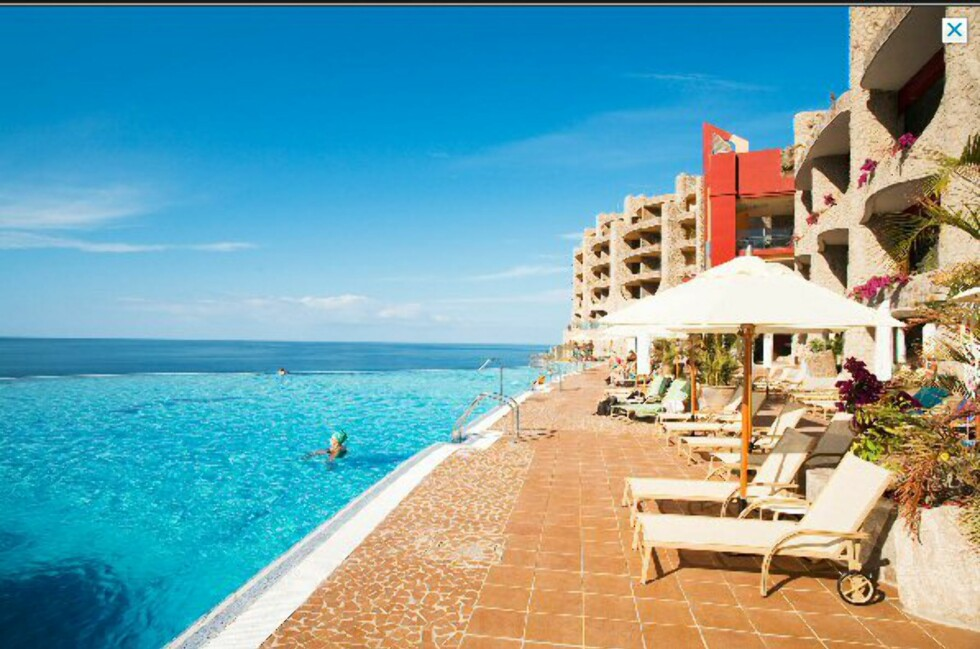 Vings bilde av bassenget på Gloria Palace Royal på Playa de Amadores på Gran Canaria viser et flott bassengområde. Foto: Ving