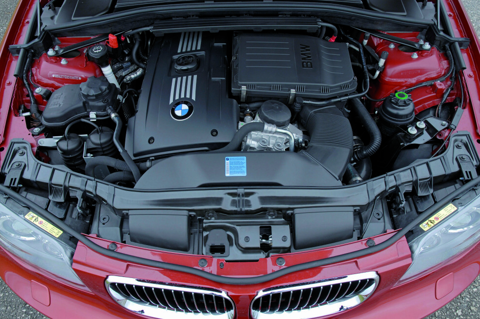 BMW 135i har vinnermotoren i klassen 2,5-3,0 liter Foto: BMW