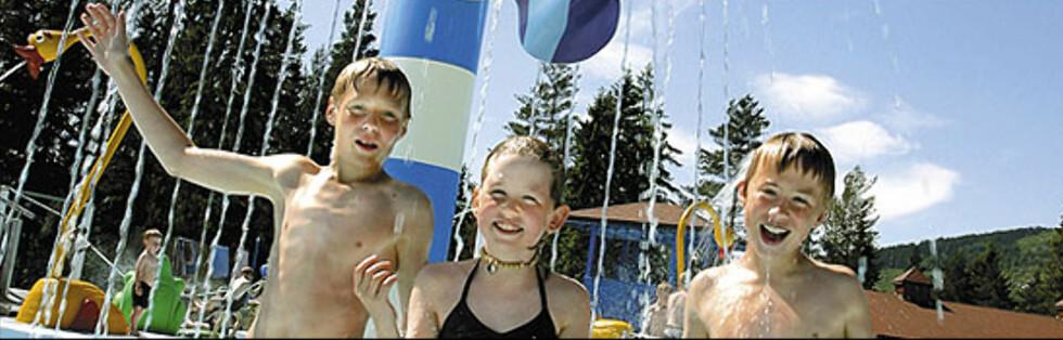 MORO-MOMS: Bø Sommarland er en av familieparkene med før-moms-priser før 1. juli og etter-moms-priser fra 1. juli. Nå kan du kjøpe sommerens besøk til før-moms-priser, uansett når du har tenkt å bade. Foto: Bø Sommarland