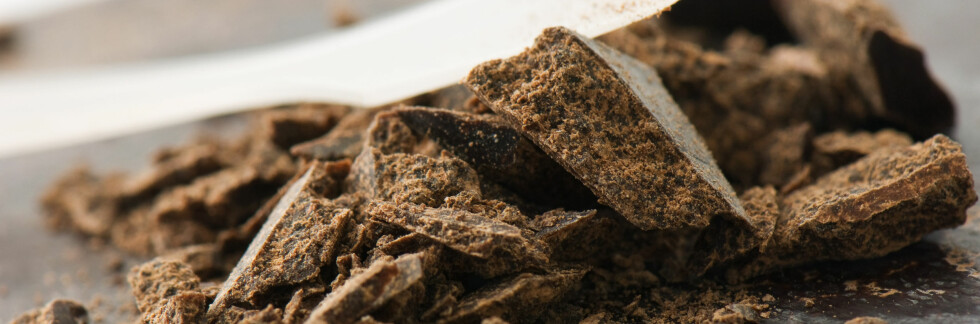 Det hjelper mot høyt blodtrykk, men sørg for at det er mørk sjokolade.  Foto: Colourbox