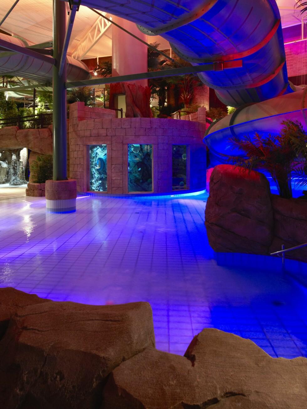 Badelandet The Reef er selvsagt tilrettelagt for at barn skal ha det gøy. Se sklien. Foto: The Reef Resort