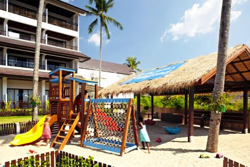 Barnefamilier vil bo på hoteller som er tilrettelagt for barn. Her fra Sunwing Kamala i Thailand. Foto: Ving