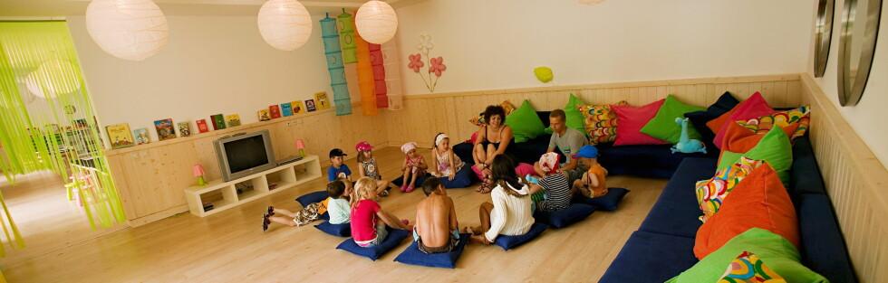 Barneklubbene på Vings Sunwing resorts er populære. Her fra Sunwing Side Beach. Foto: Ving