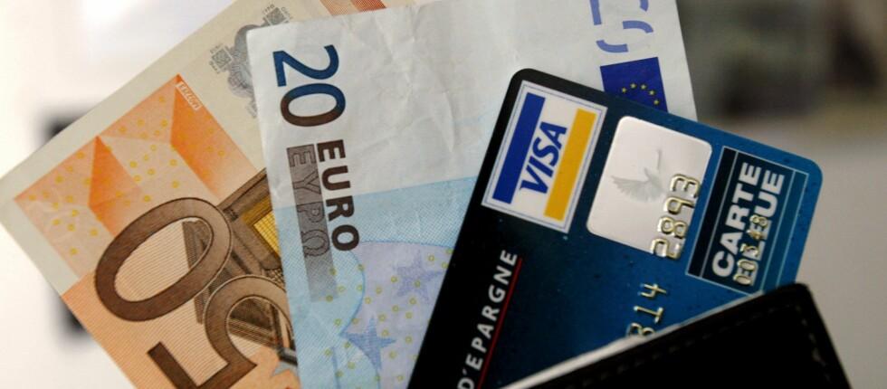 Det ligger an til en hyggelig sommer for nordmenn som skal på ferie i eurosonen.  Foto: Colourbox.com
