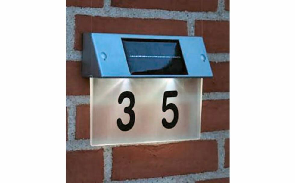 Husnummer-belysning fra Globy - 498 kroner
