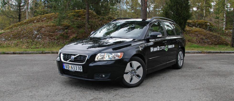 Volvo V50 Drive er en trivelig og forholdsvis rimelig bil, men mangler noen virkelige fortrinn Foto: Cato Steinsvåg