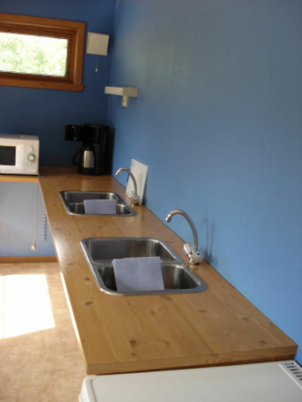 Her er felleskjøkkenet. Foto: Byrkjelo Camping