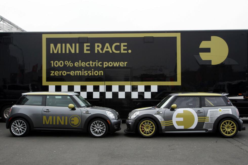 Mini E Race til høyre; Mini E til venstre. (04/2010) Foto: an.niedermeyer