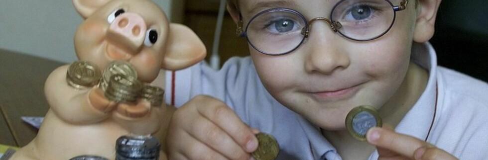 Husk å undersøke om barnepass er ført opp i selvangivelsen. Hvis ikke må du gjøre dette selv. Foto: Colourbox.com