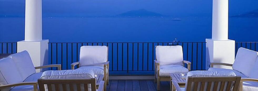 Flott utsikt fra terrassen hos J.K. Place på Capri. Foto: J.K Place, Capri