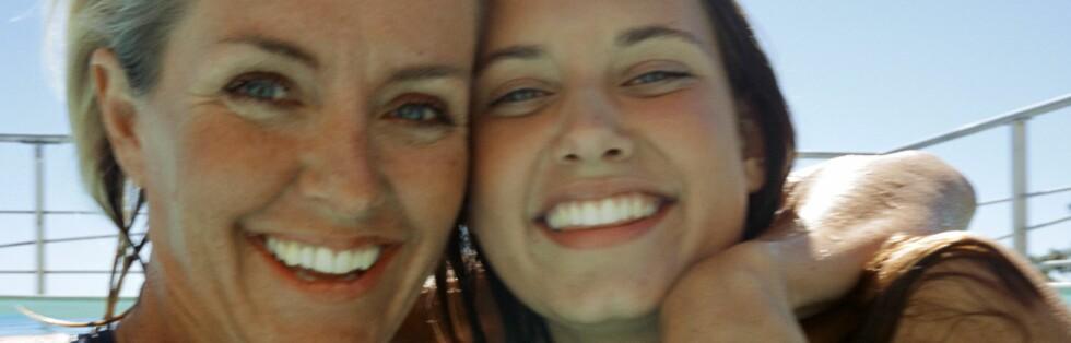 MAMMADALT? Vi har våre grunner for å ønske oss ferie sammen med mor. Foto: colourbox.com