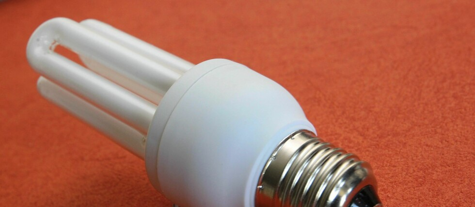 Sparepærene seiler opp som det rimeligste alternativet til glødelampene, men det er ikke alle som er like begeistret for lavenergilampene. Foto: Colourbox.com