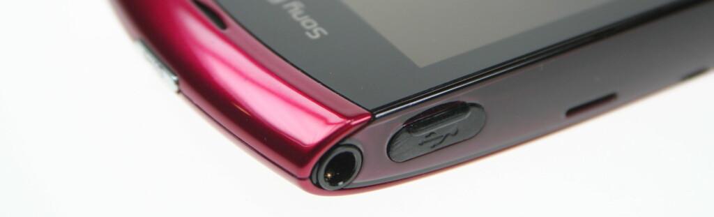 ENDELIG: Sony Ericsson har brukt lang tid på å sy inn vanlig hodetelefonutgang, men ser nå ut til å være på gli.