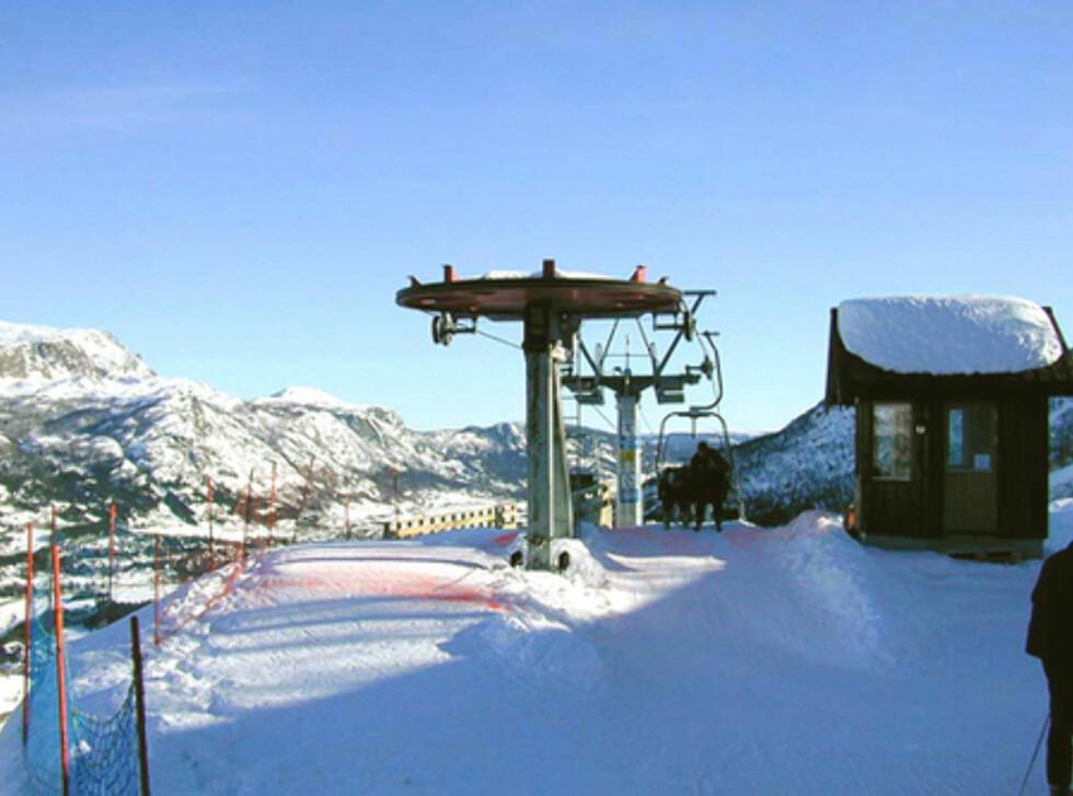 En skiheis tar deg direkte fra anlegget til Skarsnuten. Foto: Skarsnuten Hotell