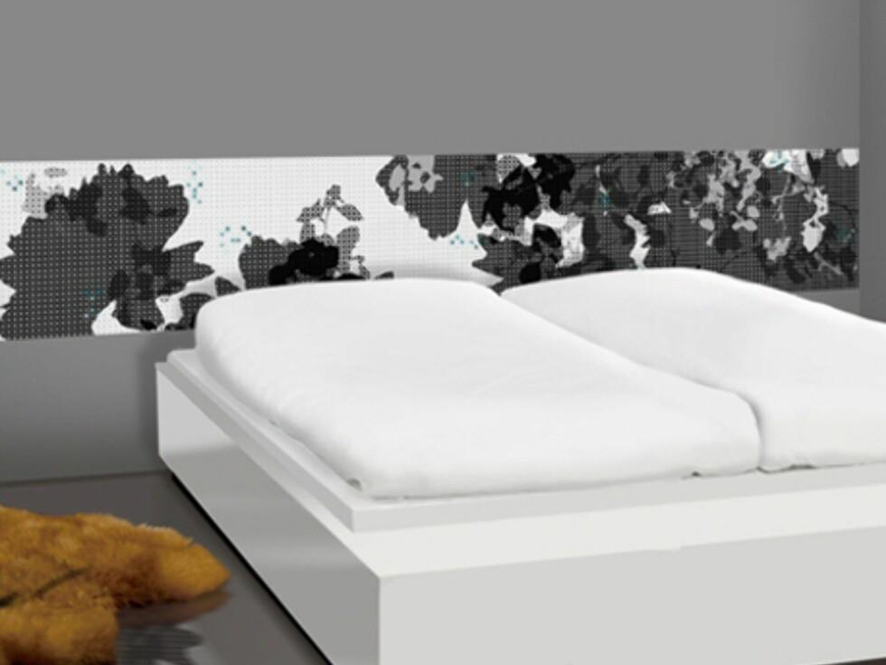Dette tapetpanelet fra norske Scandinavian Surface er lagt sidelengs for en fin effekt på soverommet. Pris: Cirka 650 kroner.  Foto: Produsenten