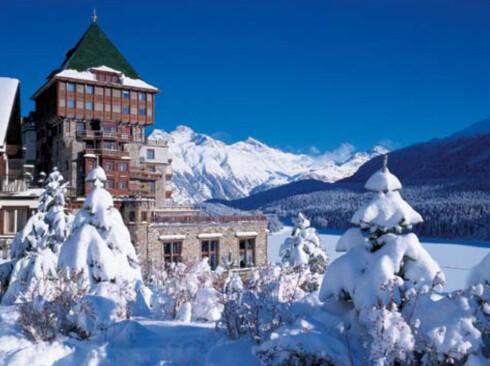 Et av de fem femstjernershotellene i St. Moritz. Foto: Badrutt`s Palace Hotel, St. Moritz