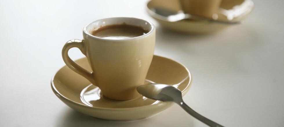 Du sparer mye på å lage espressoen selv, men det gjelder å velge riktig maskin. Foto: Colourbox.com