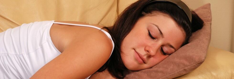 OPPDELT SØVN: Å sove mindre, men oftere vil ikke gå ut over søvnkvaliteten, ifølge dansk søvnforsker. Foto: Colourbox.com