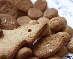 image: - Importerte kjeks og kaker er et problem