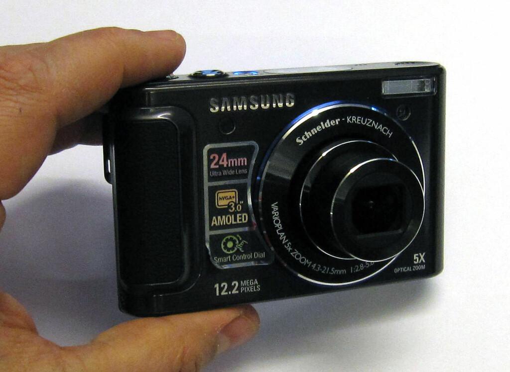image: Samsung WB1000