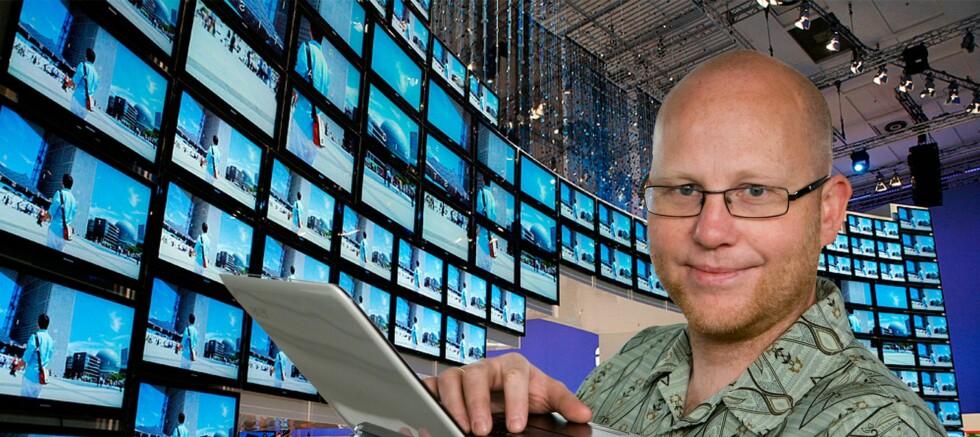 """Vår TV-tester Øyvind Paulsen tar for seg ulike """"sannheter"""" om flatTV.  Foto: Per Ervland"""