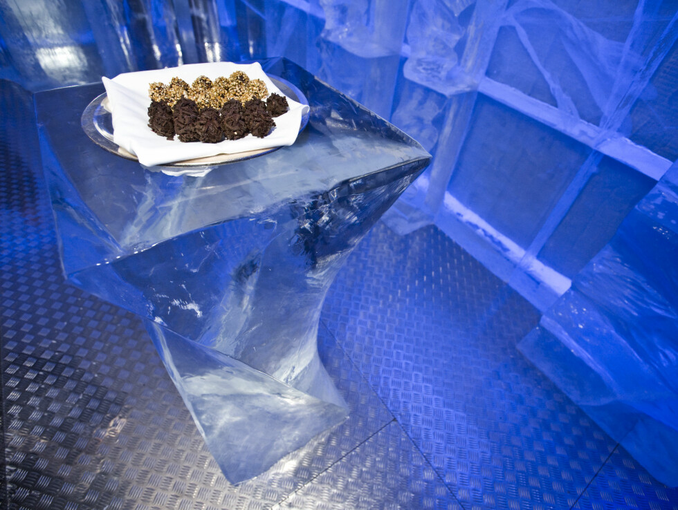 Iskalde sjokoladekyss produsert av kokkene på Hotel Bristol. Foto: Per Ervland