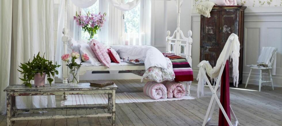 Lenge siden du har vært på Åhlens? Nå selger de igjen sengetøy - og du betaler det beløpet som står oppført i svenske kroner. Med norske.  Foto: Jimmy Schönning /Åhlens