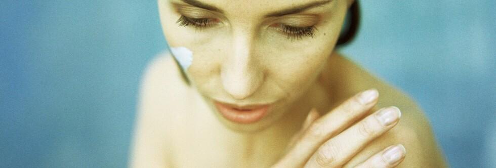 Hudkreft kan ha genetiske årsaker, men ikke legg bort solkremen for det. Foto: Colourbox
